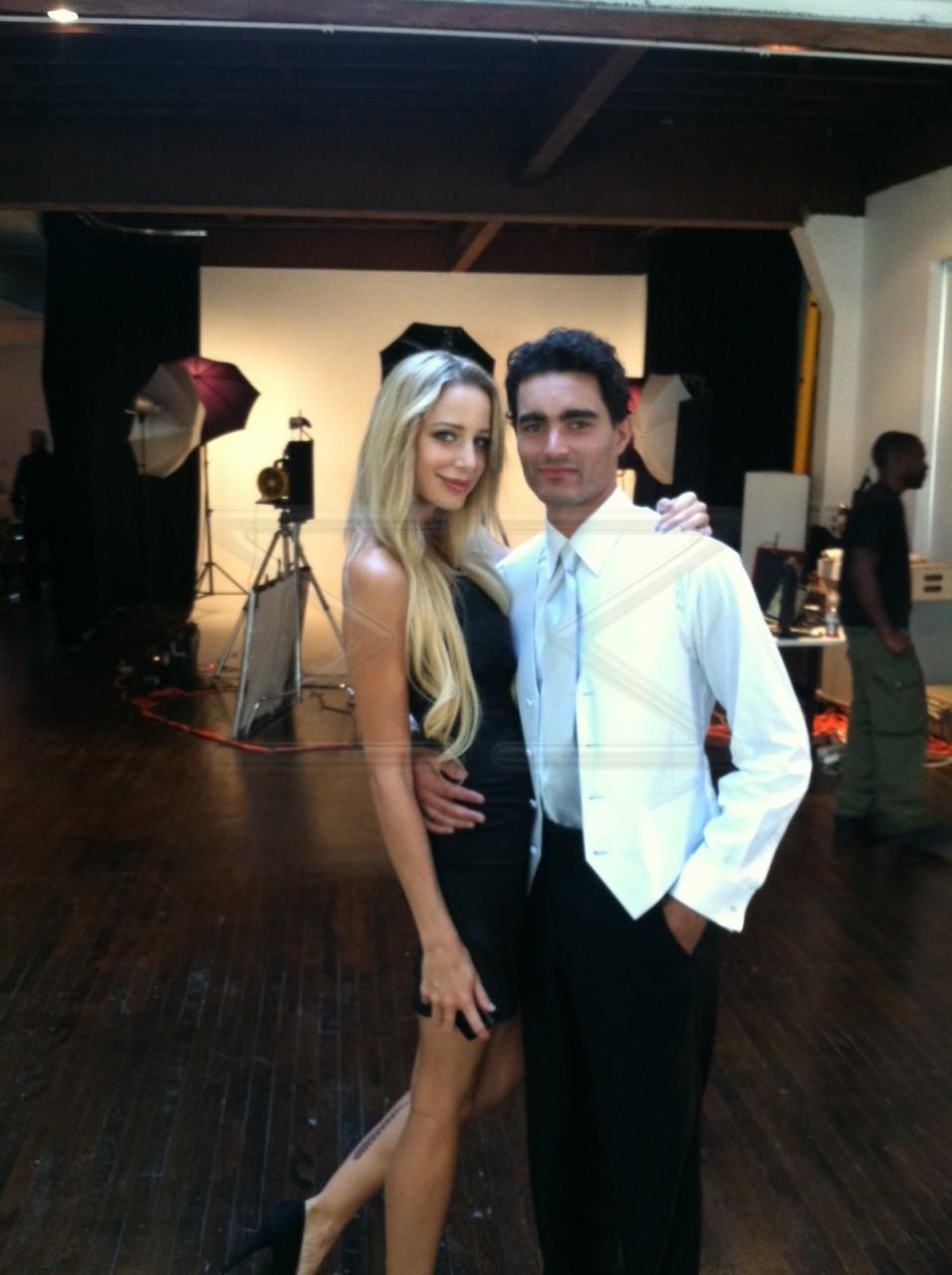 Commercial Modeling Agency Poses for Joseph Abboud – Model